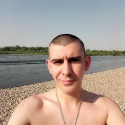 Парень из Саратов. Ищу подругу — любовницу для секс встреч