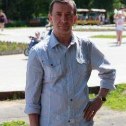Парень ищет девушку в Саратове  для приятных встреч на ее территории