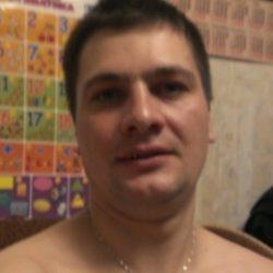 Молодой симпатичный парень, ищу страстную девушку из Саратов и области, любящую секс!